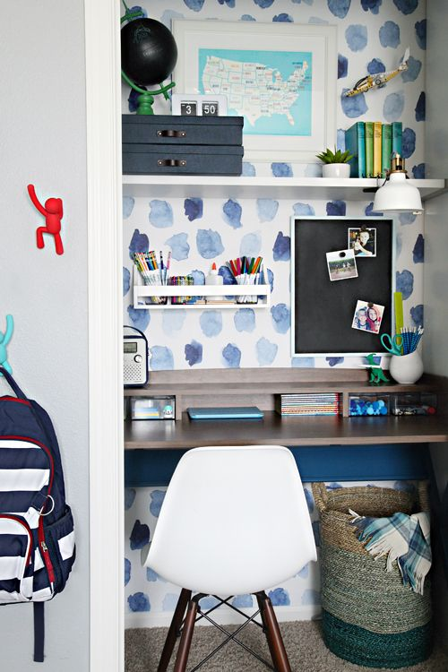 Closet workspace via I Heart Organizing