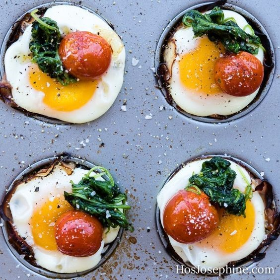 Eggs in Ham & Cheese Cups via Hos Josephine