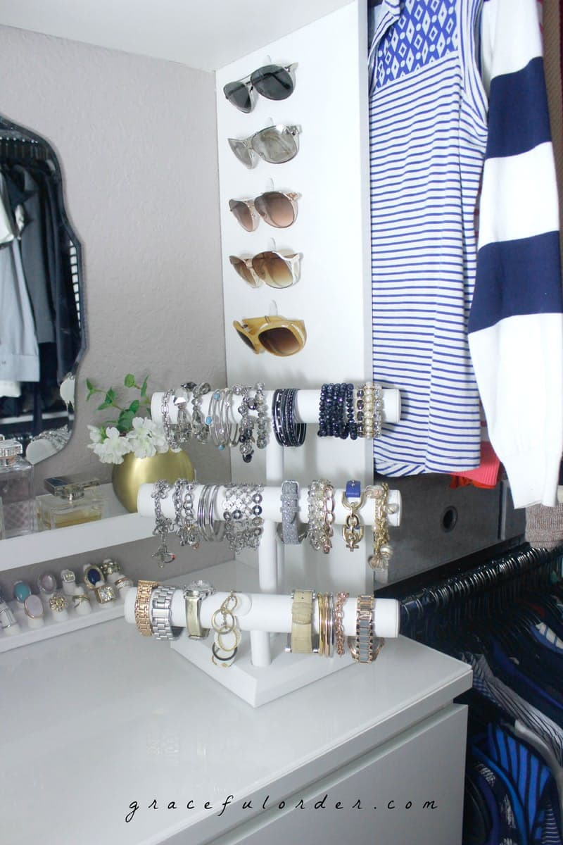 Organizing Sunglasses