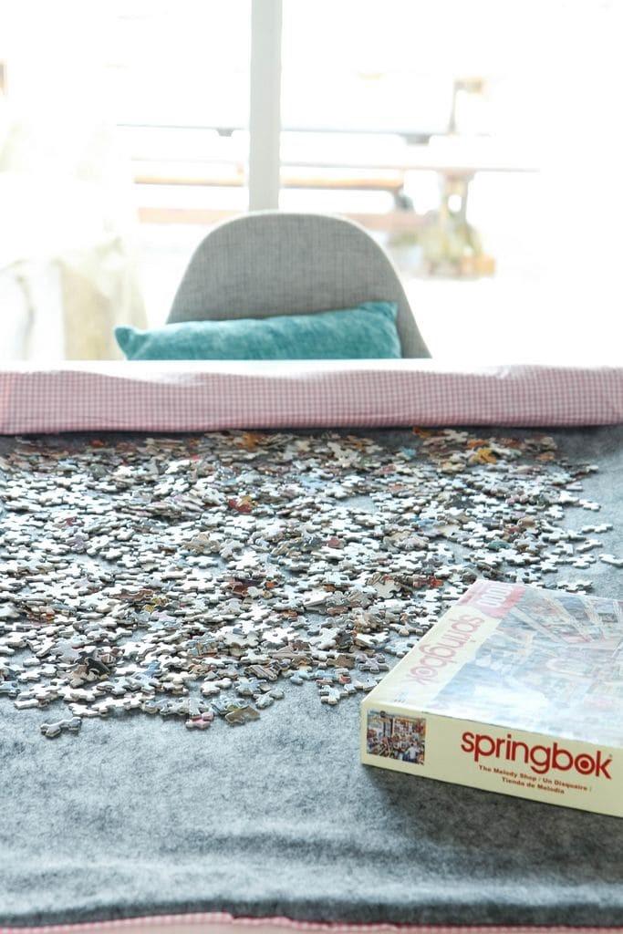 DIY Jigsaw Puzzle Mat