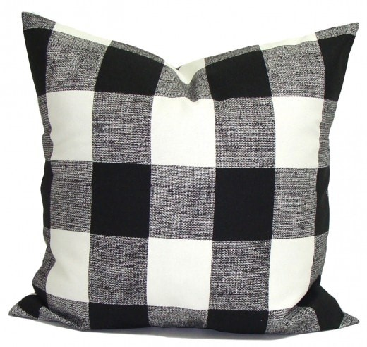 checked pillow covers