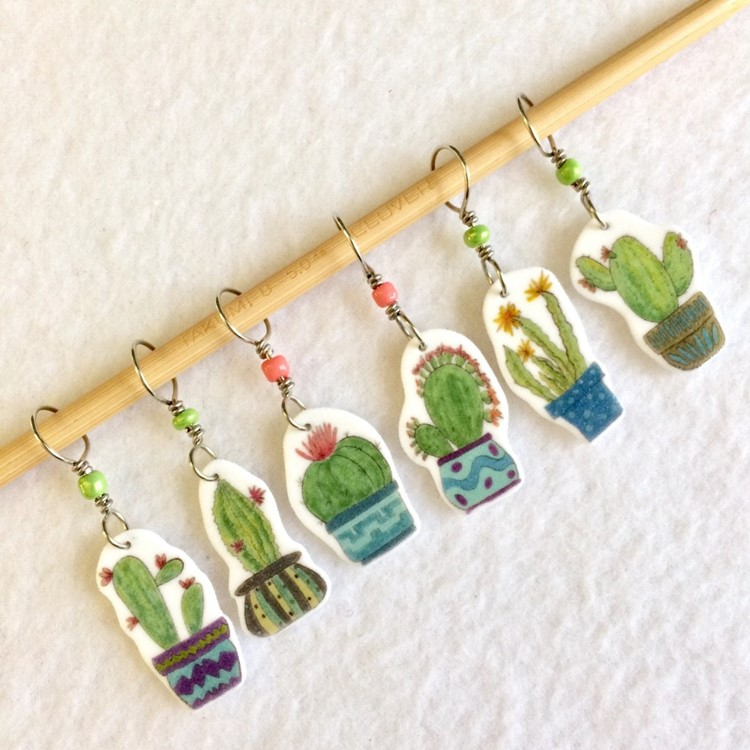 cacti stitch markers