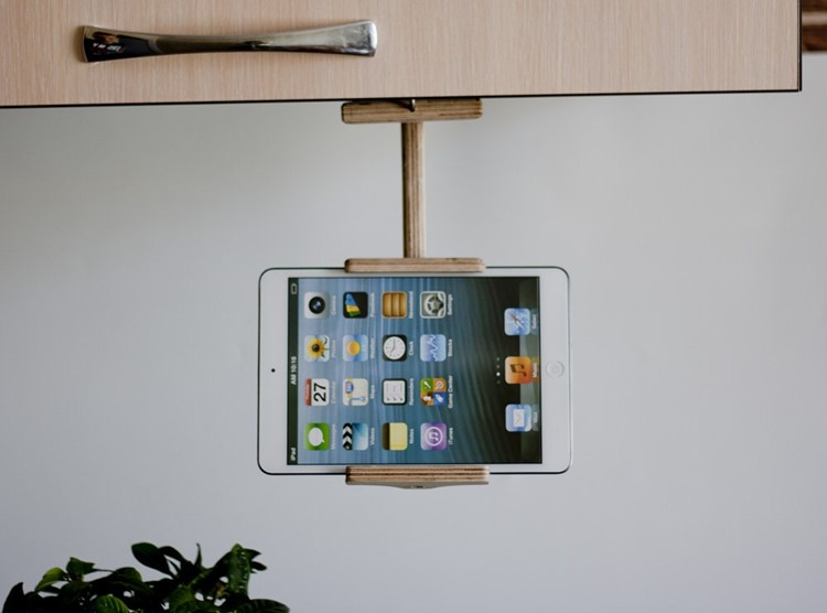 adjustable ipad holder