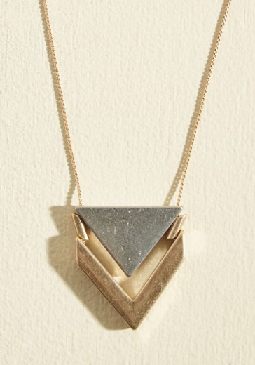 two the point necklace
