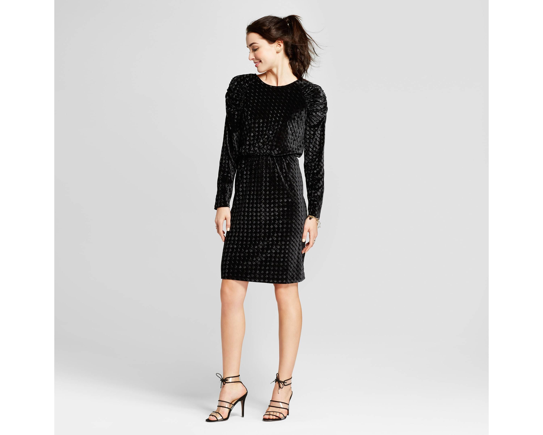 puff sleeve velvet dress