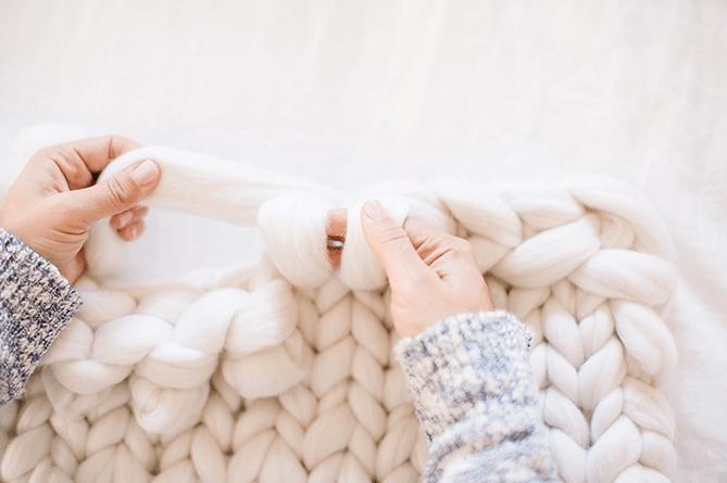 arm knitting throw blanket