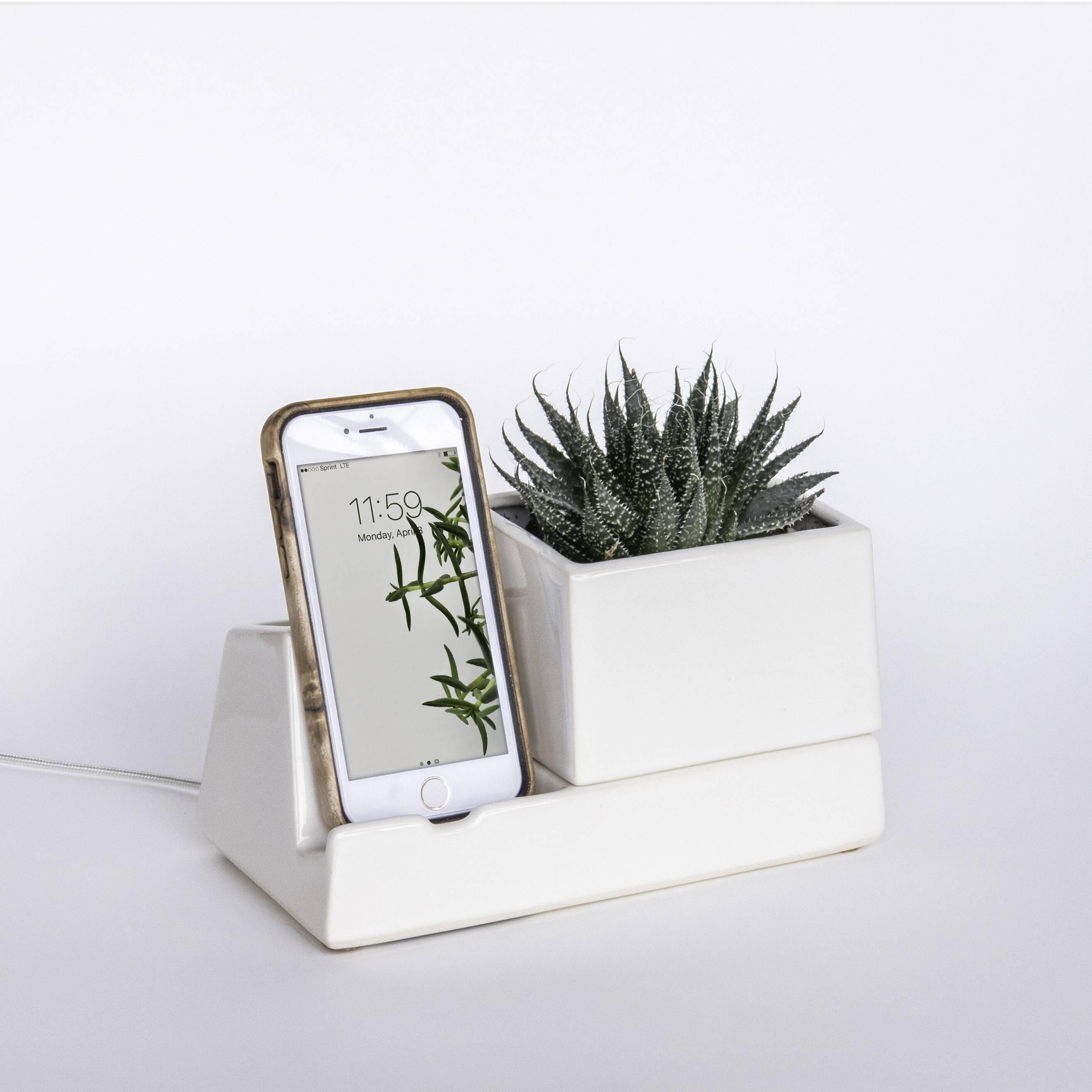 iphone planter