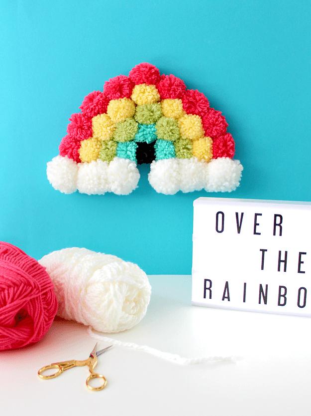 pom pom rainbow