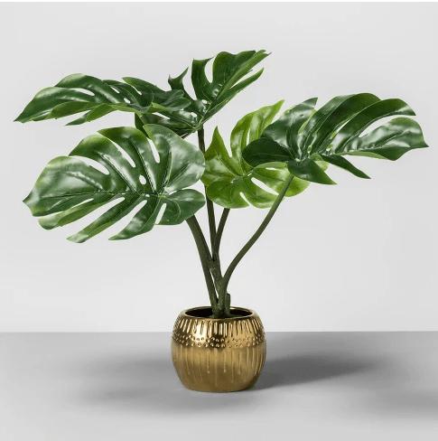 artificial palm leaf plant