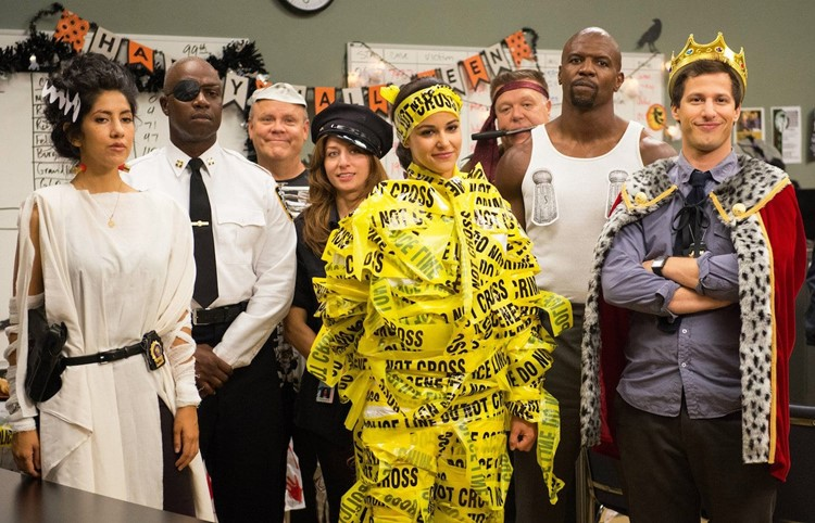 Brooklyn 9-9 Halloween Episodes List